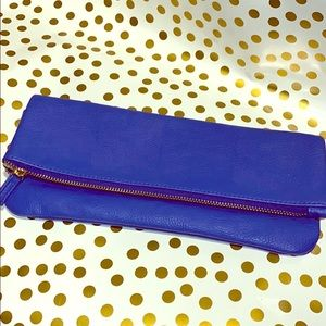 Blue Mud pie clutch